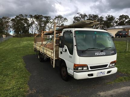 Isuzu truck concrete set up