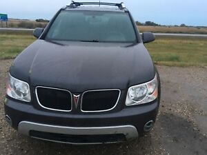 Selling 2007 Pontiac Torrent(willing to negotiate)