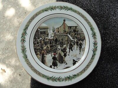 Department 56 Christmas Classic (Scenes # III) Holly Rim White Dinner Plate