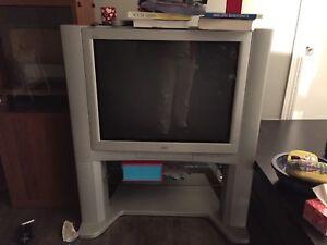 Tv 32 pouces avec base
