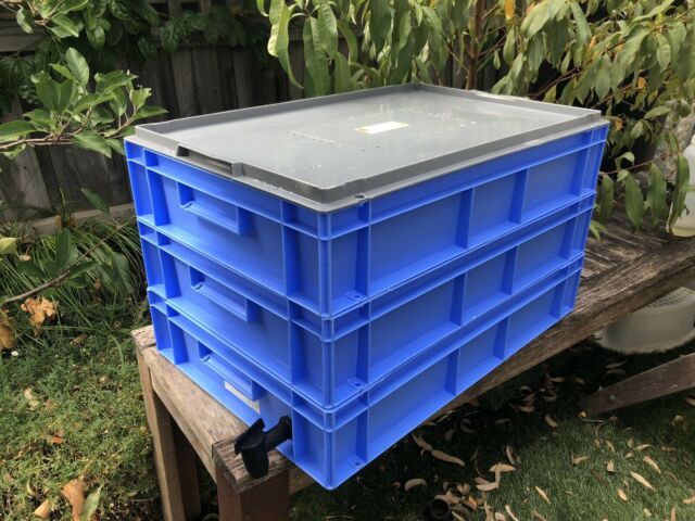Melbourne Made Composting Worm Farm Worms Bedding