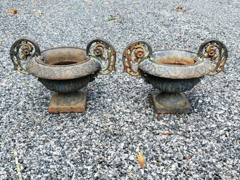 ANTIQUE PLANTERS PAIR FRENCH URN CAST IRON GARDEN COLLECTABLE RARE DOUBLE HANDLE