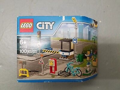 LEGO 2017 City 40170 City Expansion Pack 100pcs In Store Only Exclusive RARE
