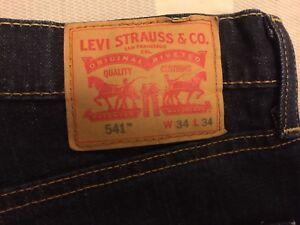 Levi's 541 Jeans Basically New