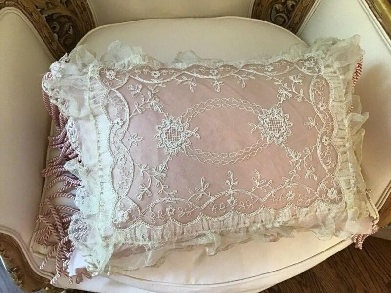 "Antique Net Lace Tambour Doily Ruffle Edges 19x15"" victorian lace old"