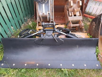 Excavator tilt blade 4t - 6t