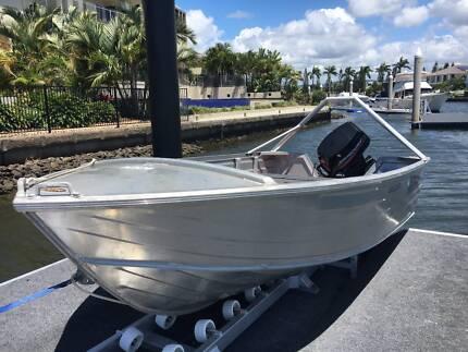 """4.10m Bermuda """"Tinny"""" 40Hp Mercury"""