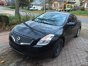 2008 Nissan Altima coupe  (open to trades)