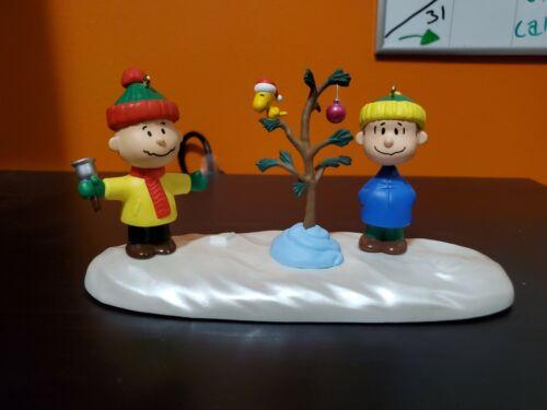 ORNAMENT - PEANUTS CHARLIE BROWN CHRISTMAS TV SPECIAL 30th ANNIVERSARY HALLMARK