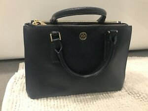 NWOT Tory Burch Robinson Double Zip Tote in Navy