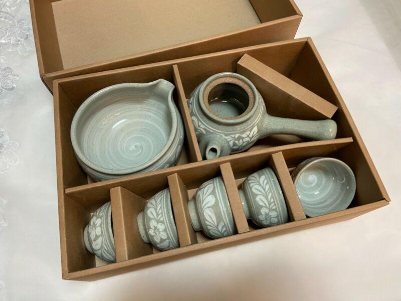 Korean Traditional Handmade Tea Set Celadon Pottery 5 Cups, 1 Teapot, 1 bowl