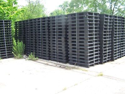 16 Unmarked 47.5x39.5 Nesting Plastic Pallets W Removable Runner Feet Strips