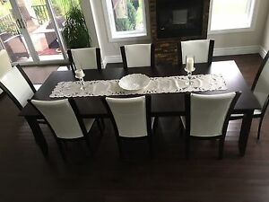 Dinning Room Table (Table Only) Windsor Region Ontario image 1
