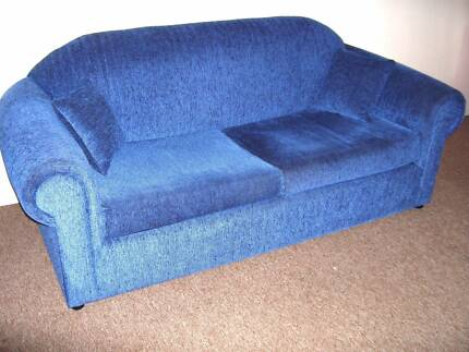 sofa bed. 2.5 seater / double bed. excellent quality