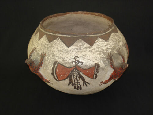 Large Zuni Pottery Frog Jar, Southwest Native American Indian Artifact, c.1890