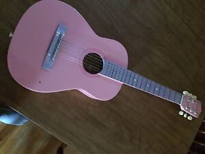 Girls pink guitar