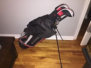 New G-Force men right-hand golf bag with clubs