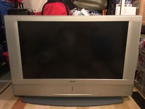 "42"" LCD Projection TV HD-Monitor Grand WEGA Missing remote"