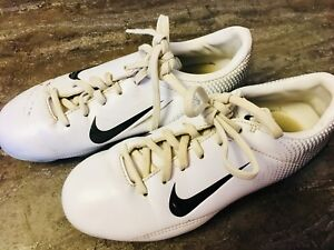 Youth Nike Shoes - Size 2.5