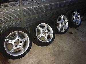 HOLDEN COMMODORE VT HSV CLUBSPORT REPLICA WHEELS N TYRES DAMAGED Kingswood Penrith Area Preview