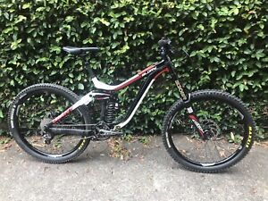 Giant Glory 1 Large - Excellent condition 27.5