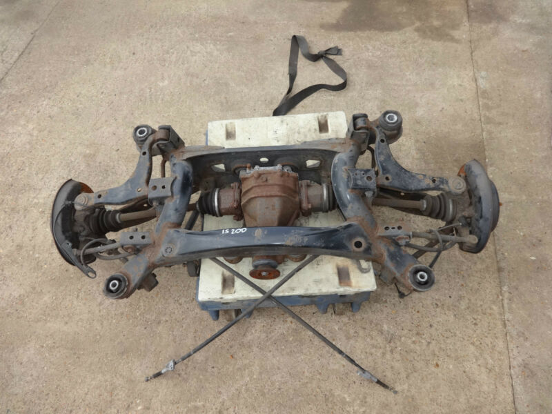 2002 LEXUS IS200 COMPLETE REAR SUBFRAME WITH ALL ARMS SUSPENSION DIFFDRIVESHAFTS