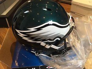 *NEW - NFL Philadelphia Eagles Full-Sized Riddell Helmet
