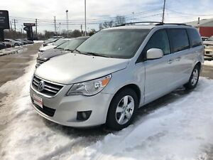 2009 Volkswagen Routan Highline, Leather, WE APPROVE ALL CREDIT