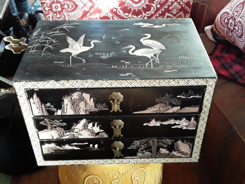 Beautiful Antique Chinese Japanese Lacquer Wood Chest of Drawers with Cranes