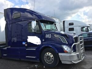 2016 Volvo VNL670 with Extended warranty for sale - Must See