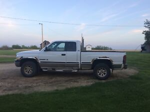 Dodge 1999 4x4 for Sale!!