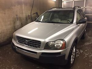 Mint Condition Volvo SUV XC90 AWD
