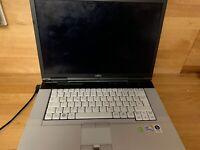 Fujitsu Lifebook mit Kabel & Tasche, funktionsfähig, Windows 7 Sachsen - Bannewitz Vorschau