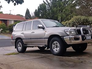 Toyota landcruiser Florey Belconnen Area Preview