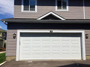 3 Bedrooms+1 Office room, 2.5 Bath Townhouse in Rutherford