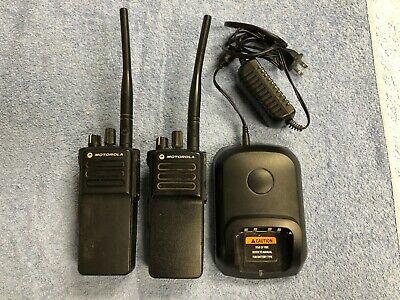 2 Motorola Mototrbo Xpr 7350e 136-174 5w Nkp Gnss Bt Wifi Gob Aah56jdc9ra1an