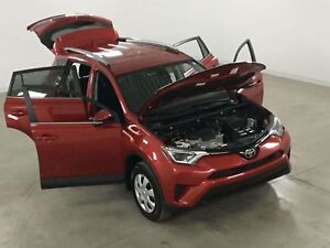 2017 Toyota RAV4 LE 2WD Bluetooth*Camera Recul*Sieges Chauffants