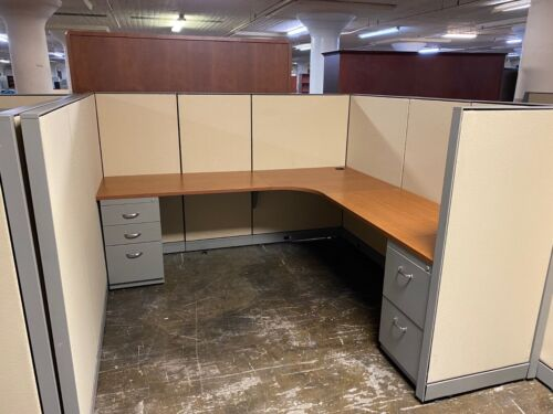 "CUBICLES/PARTITION SYSTEM by STEELCASE KICK 7ft x 7ft x 54""H"