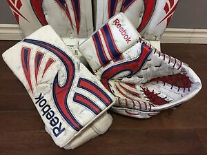 REEBOK LARCENY GOALIE GLOVE & BLOCKER