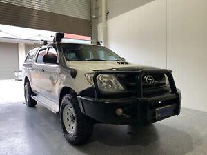 Toyota hilux 2011 sr turbo diesel manual 4x4