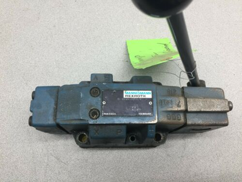 USED REXROTH MANUAL CONTROL VALVE H-4WMM16D70/V