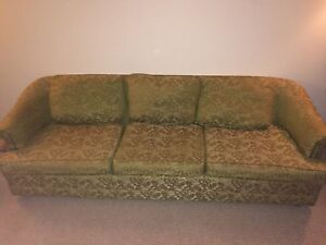 VINTAGE GREEN COUCH