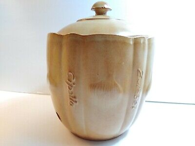 Lidded Ceramic Onion Keeper Canister Jar in German Zwiebel and Italian Cipolla