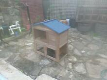 Rabbit hutch Clovelly Park Marion Area Preview