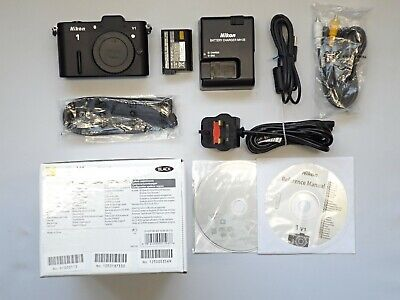 Superb/Boxed Nikon V1 (body only) ONLY 4246 Shots #113