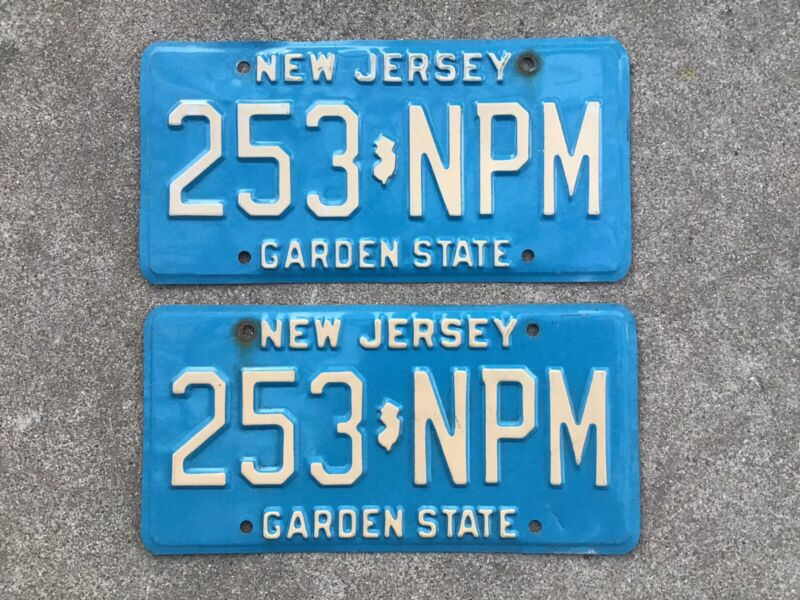 ( 2 ) - MATCHING PAIR - NEW JERSEY - LICENSE PLATES
