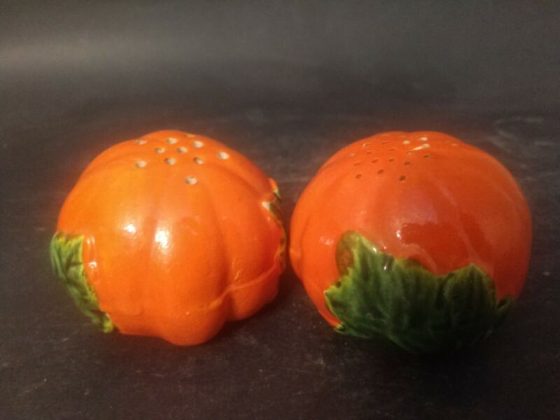 """Vintage Salt and Pepper Shakers Orange/ Red tomatoes  Made in Japan 2"""""""