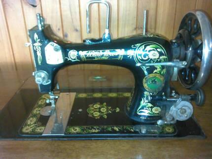 Tredle sewing machine.
