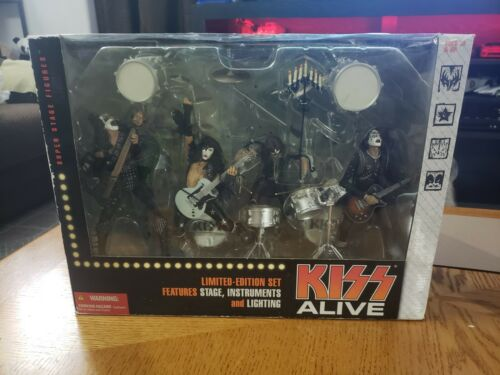 2002 KISS Alive Box Set Figures mint in box Never Opened McFarlane Gene Simmons