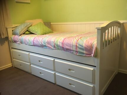 White Single Bed with trundle and storage drawers